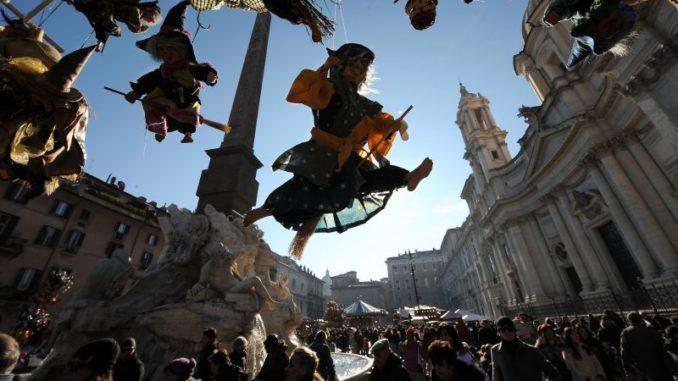 ローマ・ベファーナ祝日