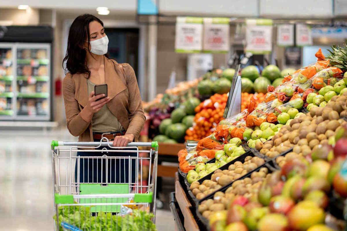 スーパーマーケットでお土産購入