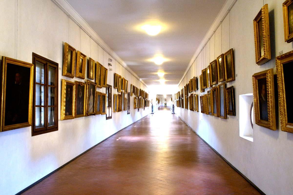 ヴァザーリの回廊