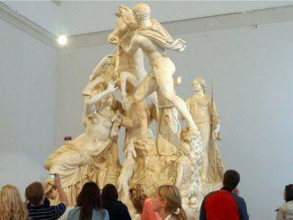 ナポリ 国立考古学博物館