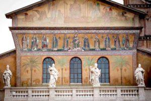 ローマ サンタ・マリア・イン・トラステベレ聖堂のファザード