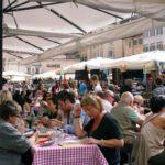 ローマ カンポ・ディ・フィオーリ広場のレストラン