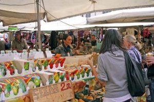 ローマ カンポ・デ・フィオーリ市場 植物の種屋