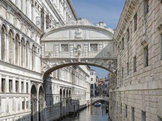 ベネチア ため息橋