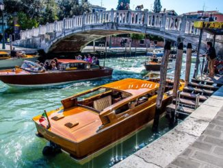 ベネチア 水上タクシー