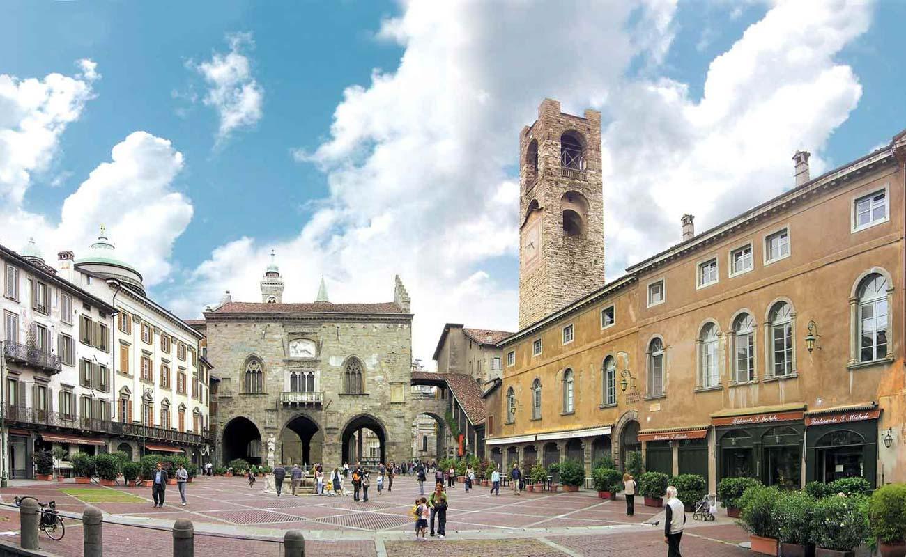 bergamo_piazza-vecchia