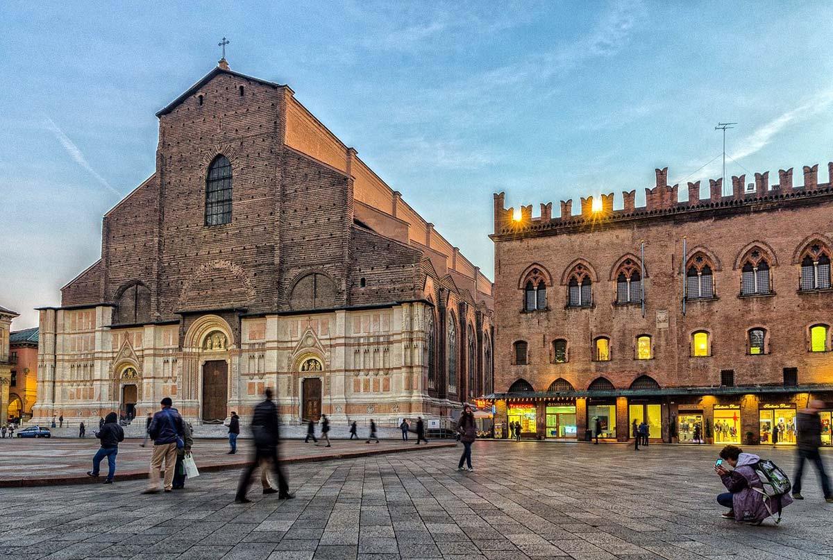 bologna_basilica-di-san-petronio