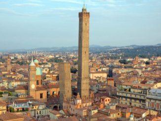 ボローニャの2つの斜塔