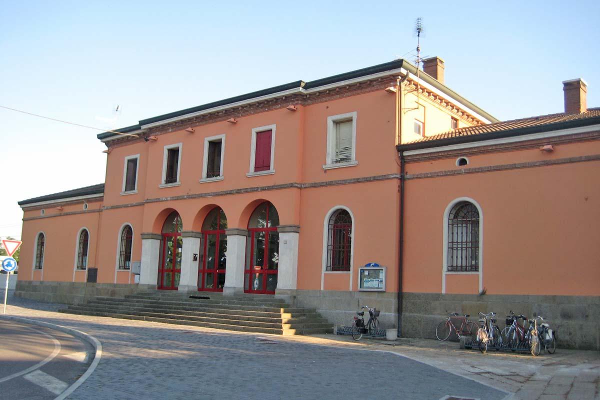 este-station