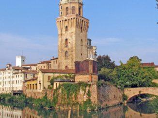パドヴァのカッラレージ城とスペーコラ博物館