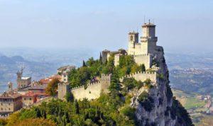 サンマリノ共和国 3つの城塞