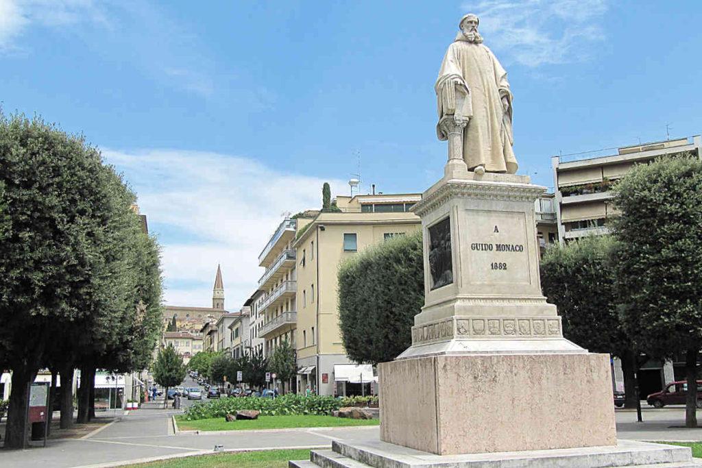 Arezzo Piazza Guido Monaco
