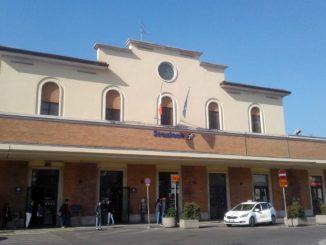 アレッツォFS駅