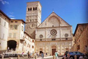 アッシジのサン・ルフィーノ大聖堂