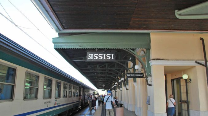 アッシジ鉄道駅