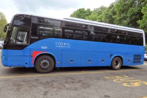 チヴィタ行きのバス