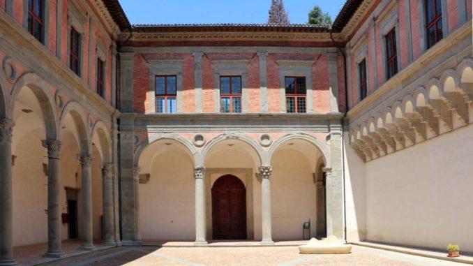 グッビオのドゥカーレ宮殿