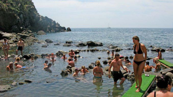 イスキアの海水温泉ソルジェート