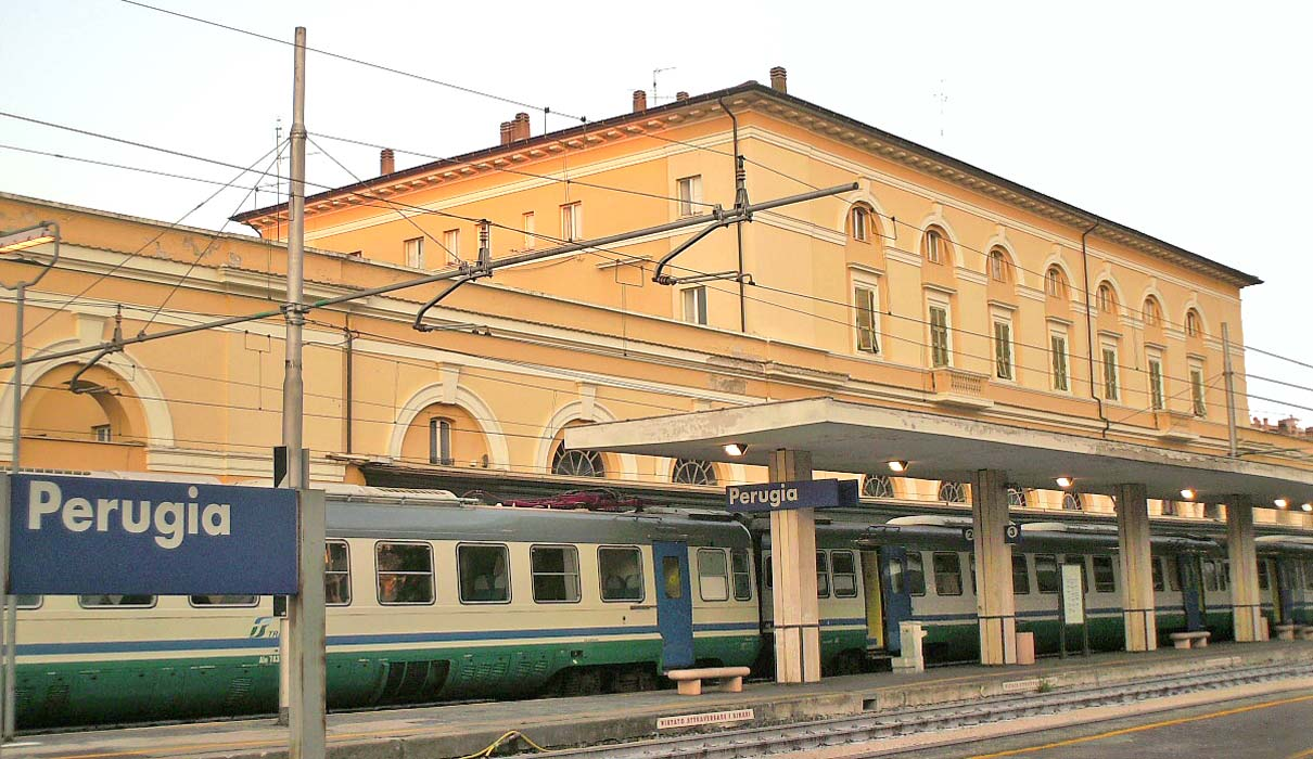 ペルージャFS駅