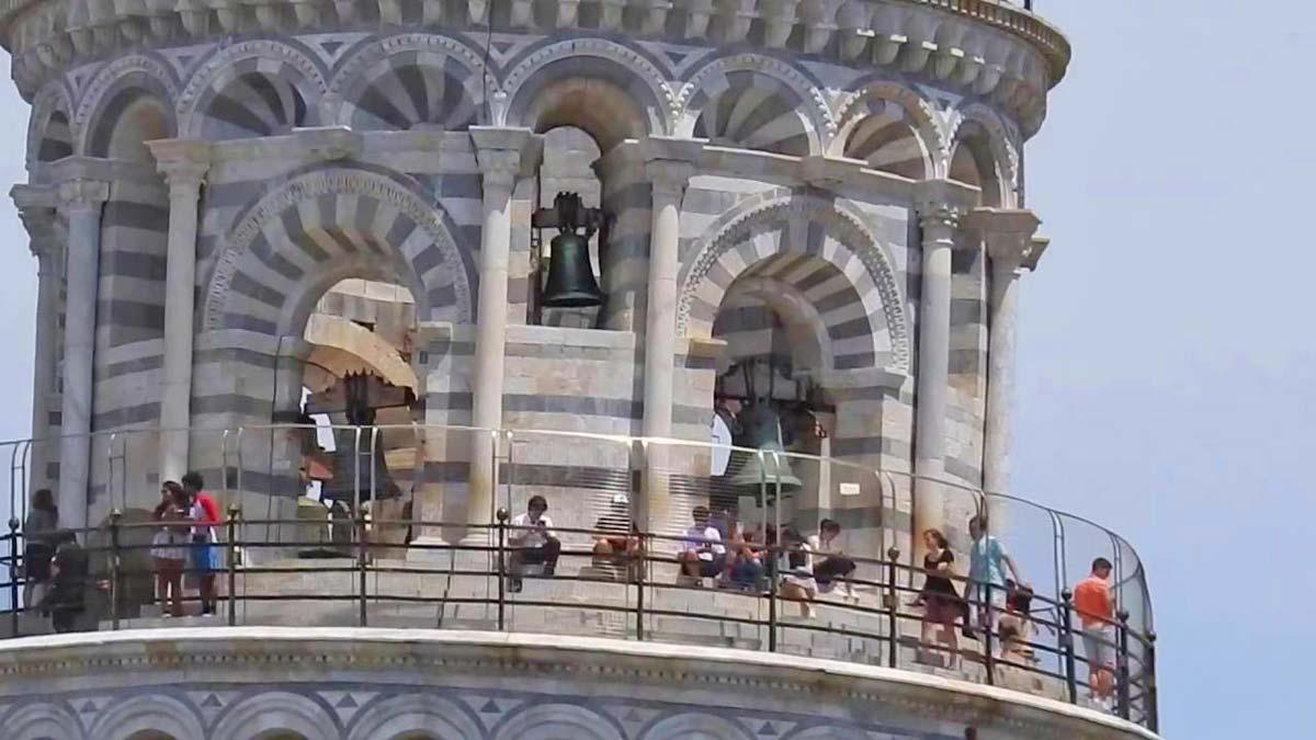 pisa-tower-zoom