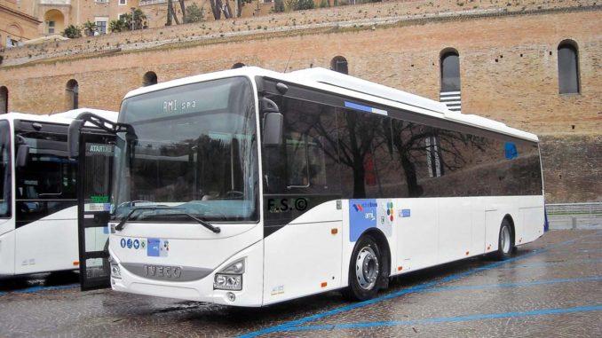 ウルビーノ行きバス