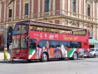 バーリの市内観光バス