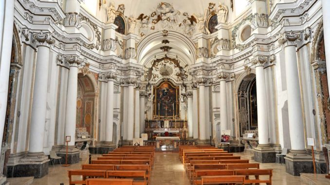 ノートのサンタ・キアーラ教会