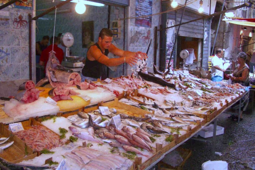 パレルモの魚市場