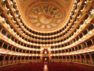 パレルモのマッシモ劇場