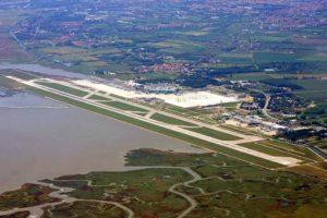 ベニス・マルコポーロ空港