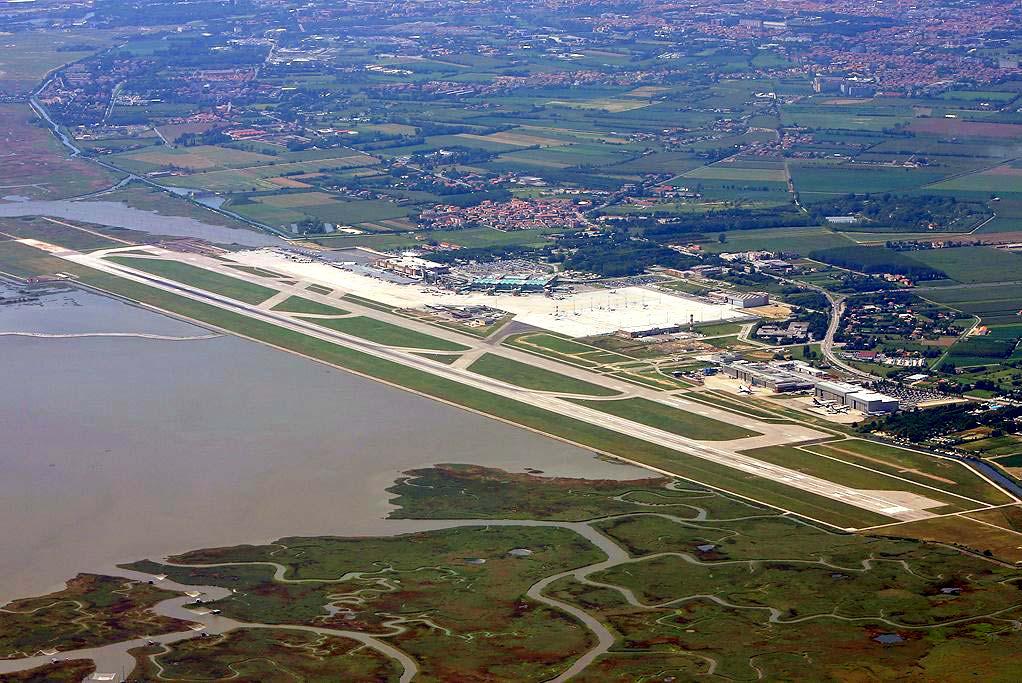 airport-venezia-marcopolo2