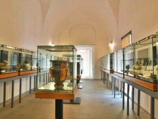 チェファルー『マンドラリスカ博物館』