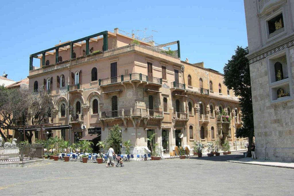 Messina Piazza del DUOMO