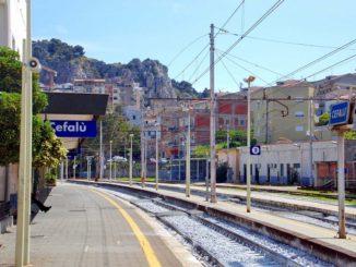 チェファル国鉄駅