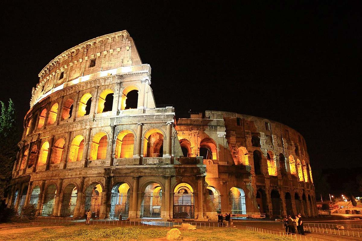 roma-night_colosseo1