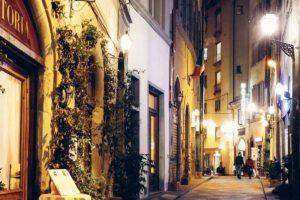 フィレンツェの夜を日本人アテンドと散策