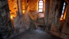 サクラ・ディ・サンミケーレ修道院の 見どころの1つ「死者の大階段」