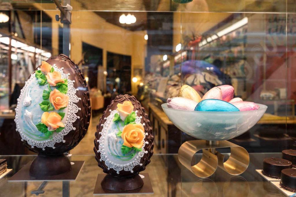 イースターの卵型チョコレート