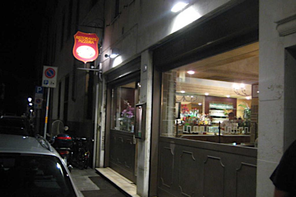 Padova Pizzeria Pago Pago